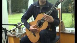 Brouwer - Cancion de Cuna played by David Jaggs on a Romanillos guitar + tap tone explained