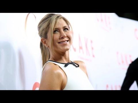 Jennifer Aniston 'Not at All' Fazed By Potential Oscar Snub at 'Cake' Premiere