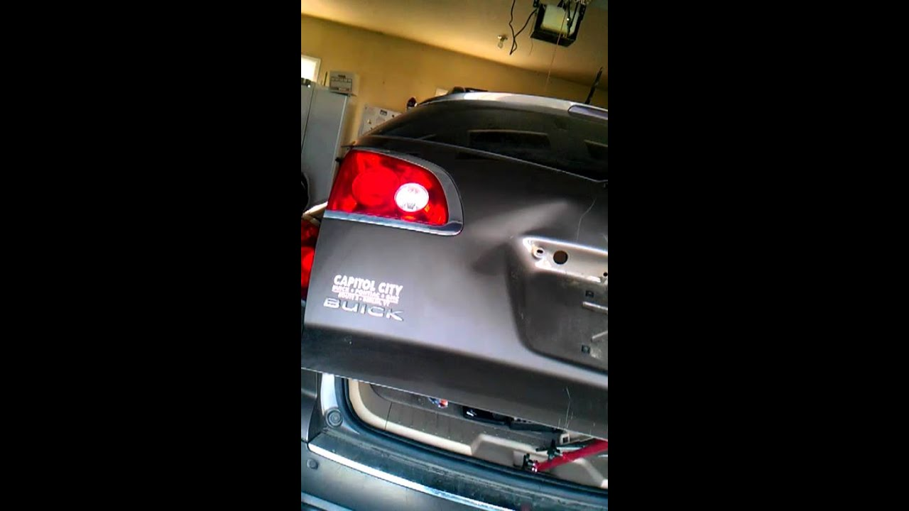 Buick Enclave Liftgate Youtube Removing Battery