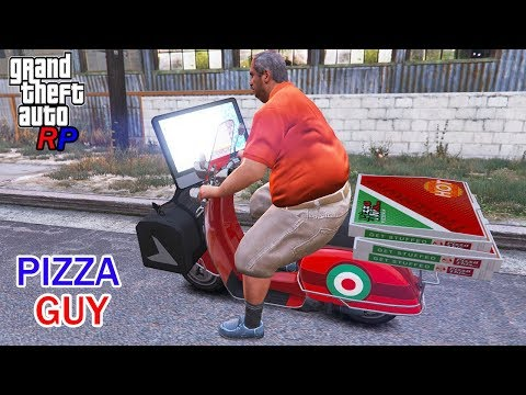 Pizza Delivery Guy With Mac Gaming PC - GTA 5 RP Funny Moments
