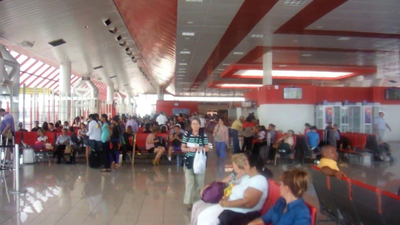 Aeroporto Havana Arrivi : Before hurricane irma josé martí international airport havana cuba