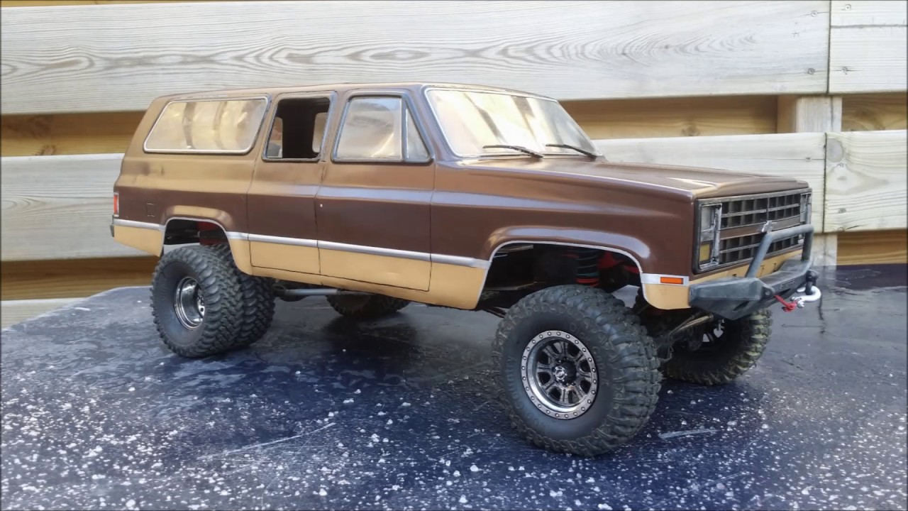 Suburban Rock Crawler : Foto video vaterra ascender chevy k suburban youtube
