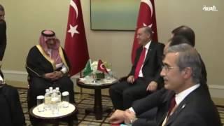 ولي العهد السعودي يبحث مع رئيس الوزراء التركي العلاقة الثنائية عشية لقائه مع أردوغان