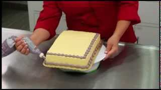 Creating a Simple Cake Border