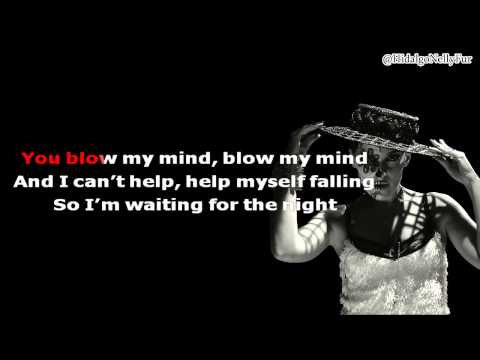 Nelly Furtado - Waiting For The Night (Karaoke)