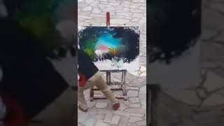 А художник берет краски...