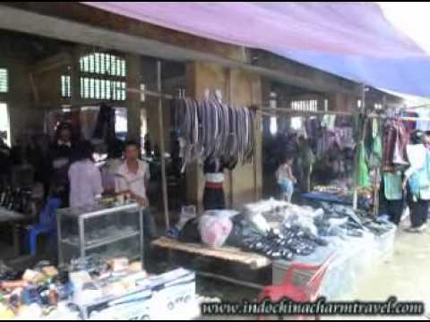 Muong Hum Sunday Market (Lao Cai, Vietnam)
