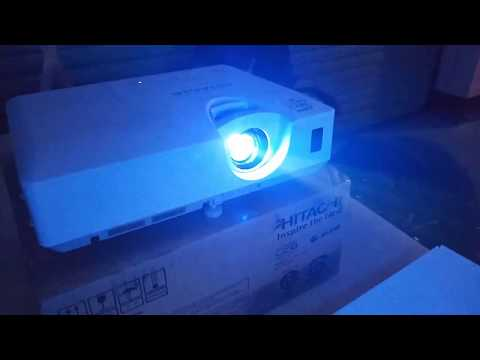Hitachi Projector CP X3042WN Unboxing and Review