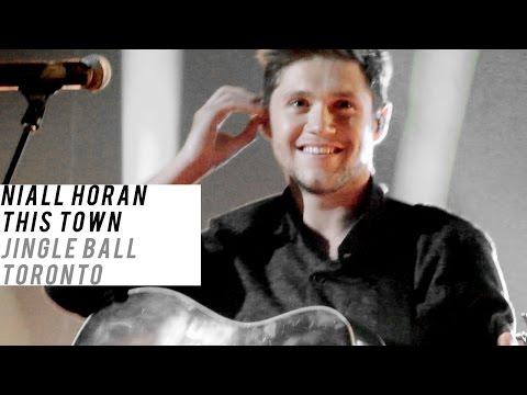This Town, Niall Horan | Jingle Ball...