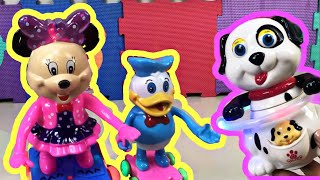 Musical dancing toys Minnie, Donald, Hopping Orange and Hula-Hoop Dog #ToucanMail #NameThatSong