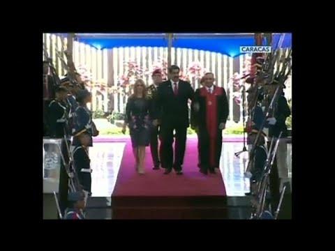 Venezuela : Maduro investi mais de plus en plus isolé