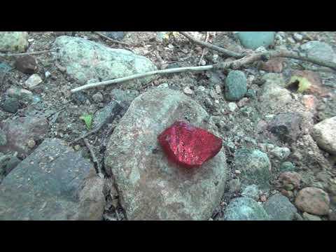 Найденные камни отнесу в ювелирную мастерскую