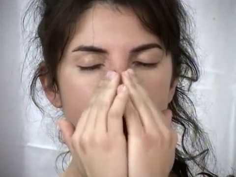 Les Soins Aux Huiles Essentielles (massage)