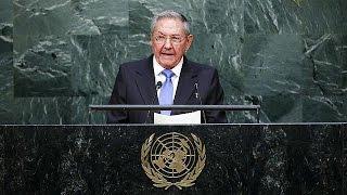 كاسترو يدعو إلى إنهاء الحظر الأمريكي على كوبا      29-9-2015