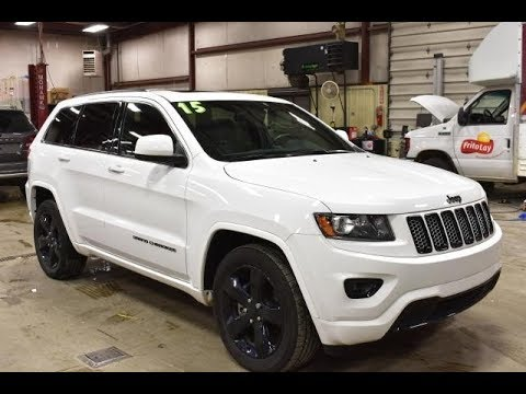 2015 bright white jeep grand cherokee altitude black out package 4x4 v6 slt4520 motor inn auto. Black Bedroom Furniture Sets. Home Design Ideas