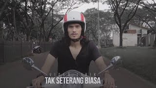 Gambar cover Virzha - Tak Seterang Biasa [Official Video Lirik]