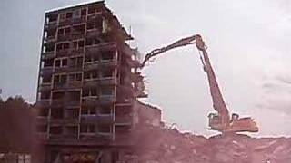 ossington court demolition