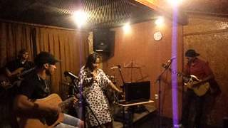 Alyne Couto & Banda ( F.Chover )