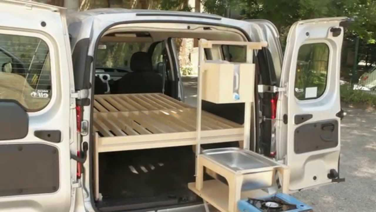 Mini camping car youtube for Habillage interieur voiture