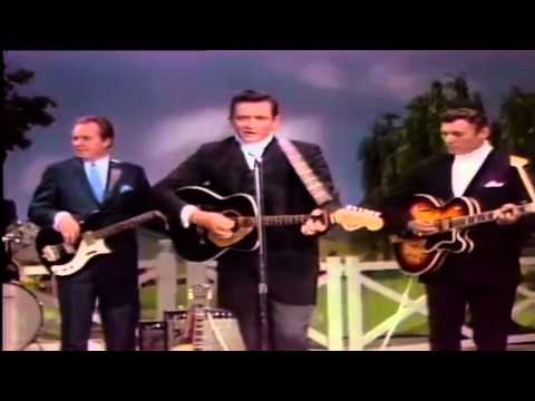 Johnny Cash - Ring Of Fire (OFFICIAL VIDEO) COLOR VERSION ReMastered