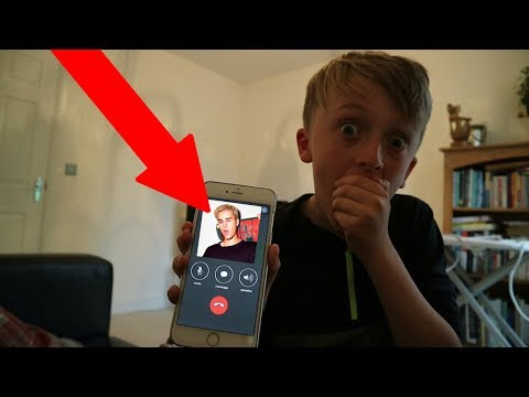 OMG!! CALLING JUSTIN BIEBER!! *HE ACTUALLY LET ME INTERVIEW HIM!* להורדה