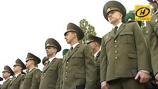 Выпускники Военной академии Беларуси получили офицерские погоны