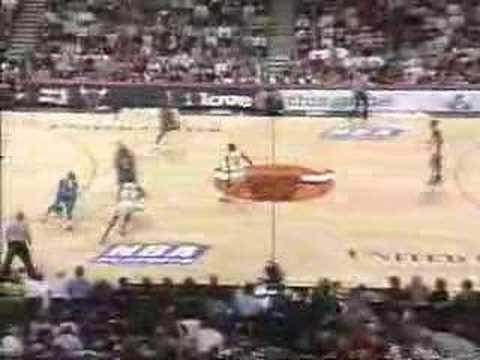 1998 Playoffs: Bulls vs Hornets Game 1 (Jordan 35pts)