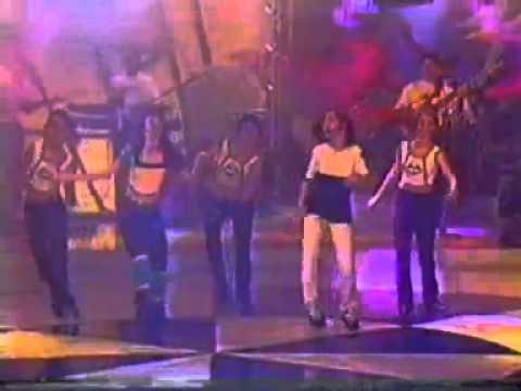 SeJ cantando Beijo é bom no Sandy e Junior Show - 1997
