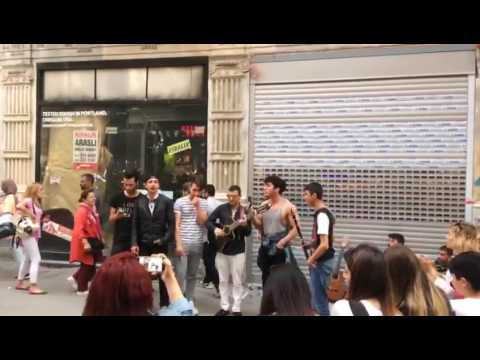 Aleni-Aleni Sokak gösterisi(Eğlence)