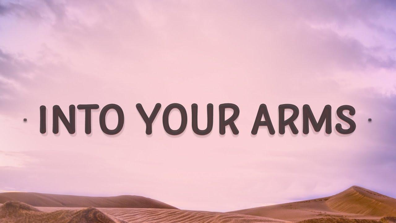 Witt Lowry, Ava Max - Into Your Arms (Lyrics)