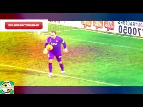 BEST DANGEROUS GOAL KEEPERS EVER  IN HISTORY IN WORLD FOOTBALL GOAL KEEPERS SKILLS