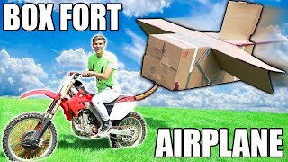 BOX FORT AIRPLANE VS DIRTBIKE!!