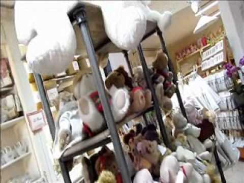 Pr sentation du magasin de d coration pour no l 2011 youtube - Decoration de noel pour magasin ...