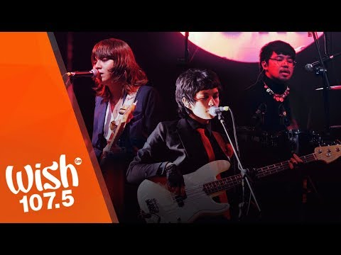 "IV of Spades performs ""Mundo""  on Wish 1075"