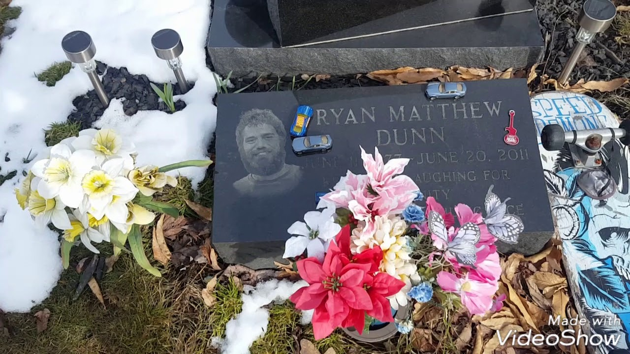 Ryan Dunns Place Of Burial And Whats Around Him Youtube