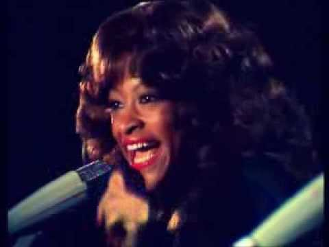 Three Degrees-I Didn't Know + When Will I See You Again (NL april 5,1974, very rare live)
