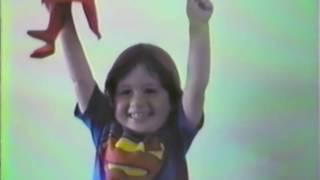 Ari - Superman (Part. Cacife Clandestino) Video Clipe Oficial