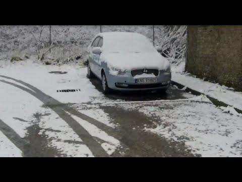 Hyundai accent in snow