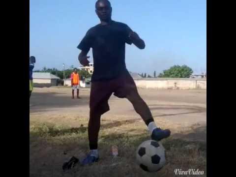 ELLY10-Young Tanzanian Football Talent