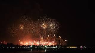 Dubai New Year 2018 Fireworks Atlantis the Palm