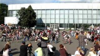 Michael Jackson 'Thriller ' (flash mob in Moscow VVC)