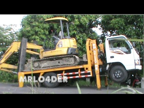 SELF UNLOADER BAGGER MINI KOMATSU PC45MR UNITED TRACTORS FROM TRUCK