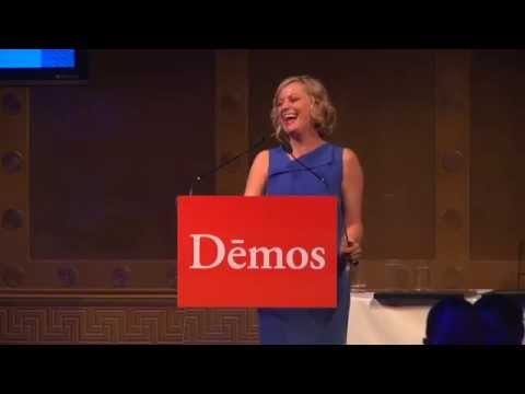 Demos Honors Amy Poehler