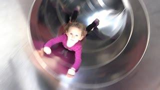 MÊME PAS PEUR ! • Super Athena ft. Wass Freestyle au Parc Floral - Studio Bubble Tea playground