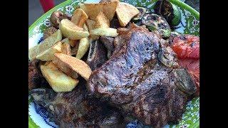 Стэйки на гриле, из телятины, мясо на углях  овощами, рецепт от Рината