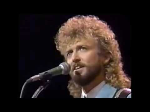 Keith Whitley-I Wonder Where You Are Tonight