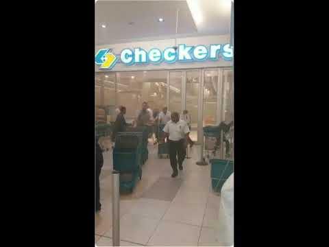 Mimosa Mall Bloemfontein Burning