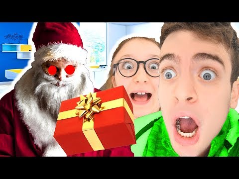 Babbo Natale Cattivo.Babbo Natale Cattivo Ha Rubato I Nostri Regali Dello Slime Youtube