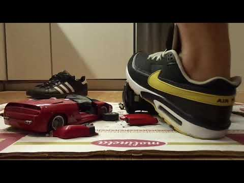 Adidas Superstar and Nike Air Max Classic barefeet, trample, crush, and stomp 2 1:18 modelcars