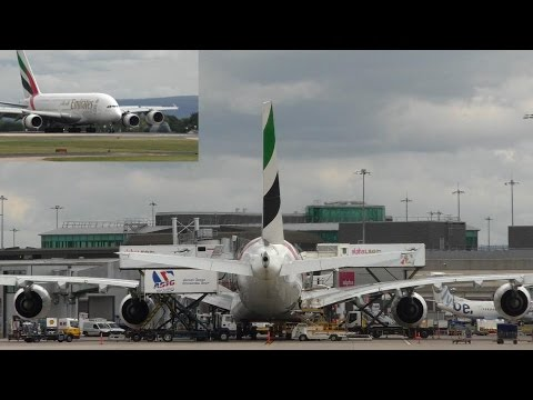 Emirates Full Gate Turnaround Timelapse EK17/EK18 A380 (Rudder Movement Extreme)